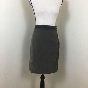 EUC  J McLaughlin  Skirt.  Sz 4. Green.